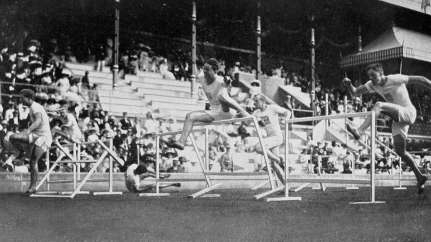 1912 Athletics men's 110 metre hurdles final, with several of the men falling over.